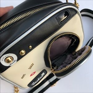 Evolving Always Bags - Adorable Handbag Shape Of A Camera 📷